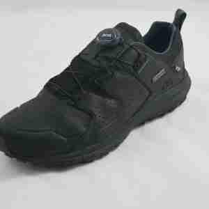 Sneakers uomo in gore tex colore nero