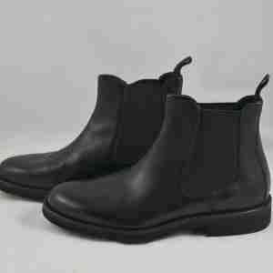 Stivali uomo colore nero