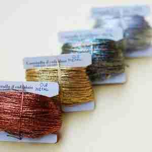 Filati tipo metal color rame, oro, multicolor, argento